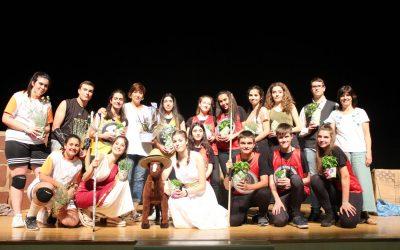 Excelente representación del Grupo de Teatro de ESO del Colegio San José de Calasanz de Barbastro